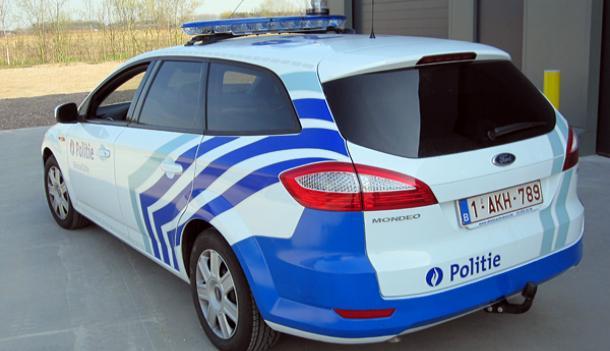 Publia deed de voertuigbelettering voor de Politiezone Deinze/Zulte